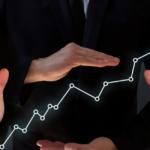 グロース株投資とバリュー株投資の違いとは?どっちが魅力的なのかをデータを用いて比較して考察する。